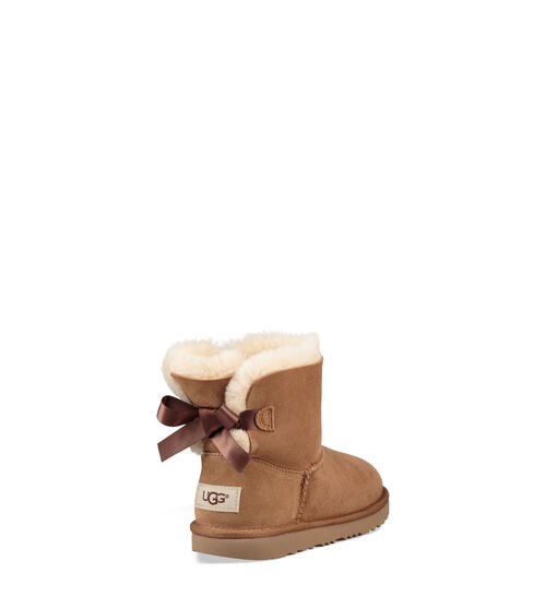 UGG Mini Bailey Bow II Bottes en Chestnut